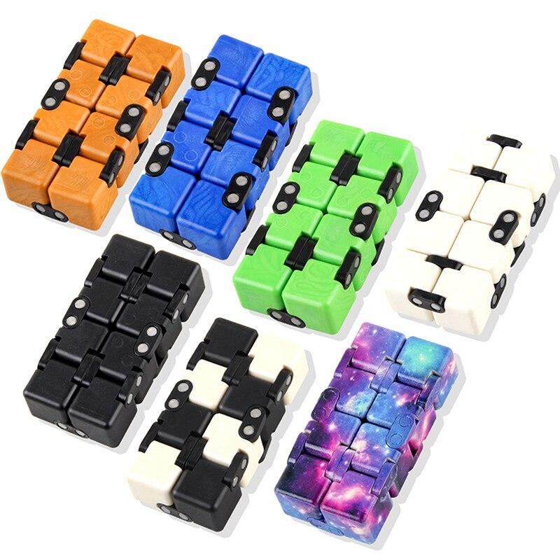 Hafa2141f6fa04af79ff1c93a918306b7O - Infinity Cube Fidget