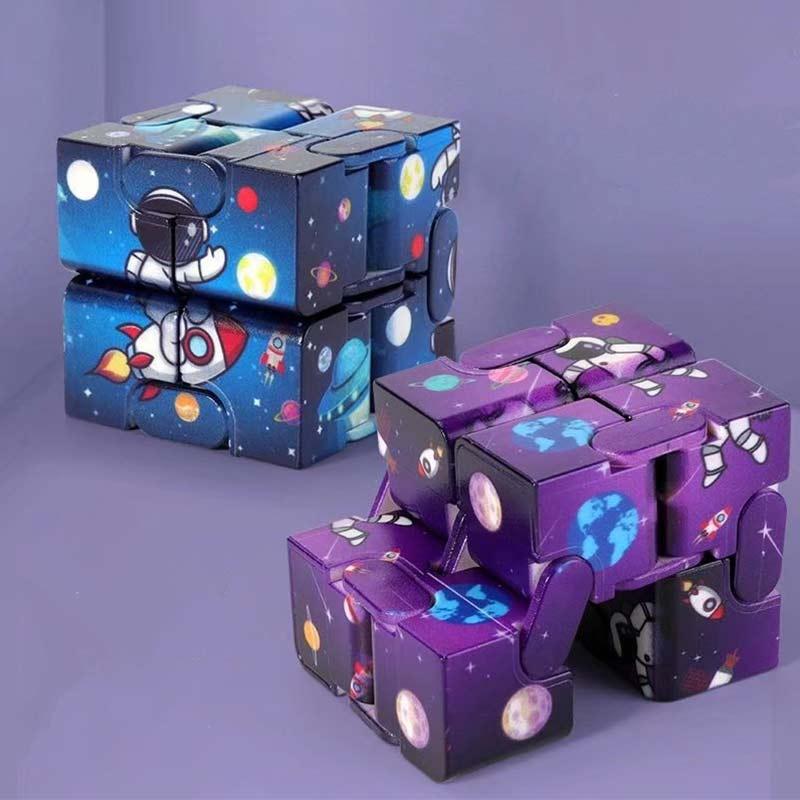 Hc1d53e67ff494174abd4cfa849c35db62 - Infinity Cube Fidget